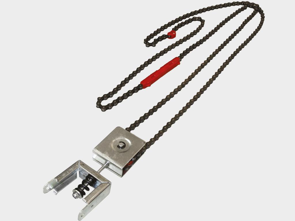 Узел натяжения цепи со встроенной пружиной поддерживает цепь в натянутом состоянии и предотвращает ее провисание в процессе эксплуатации Sectional-1200PRO