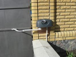Фото объекта - Электропривод HY7005 для распашных ворот со створкой до 3 м и массой до 800 кг